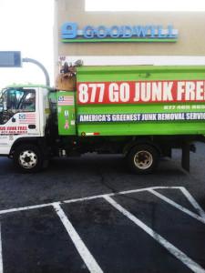Junk Removal in Tarzana | Go Junk Free America